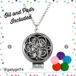 Jewelry - Aromatherapy EssentialOils Antique Silver Necklace